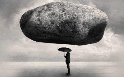 O homem que usou um guarda-chuva para parar uma pedra…